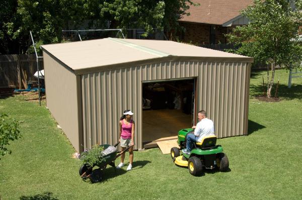 Backyard Building - 18 x 21